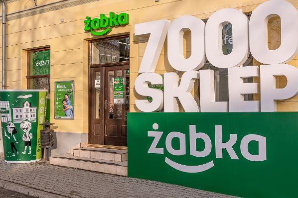 Polish retailer Zabka opens its 7,000th store