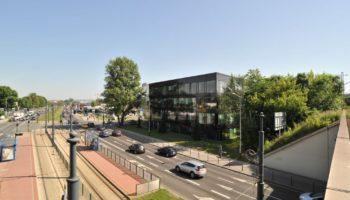 Poland Savills to lease DIamente
