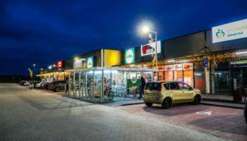 CZECH REPUBLIC Patria buys two retail parks