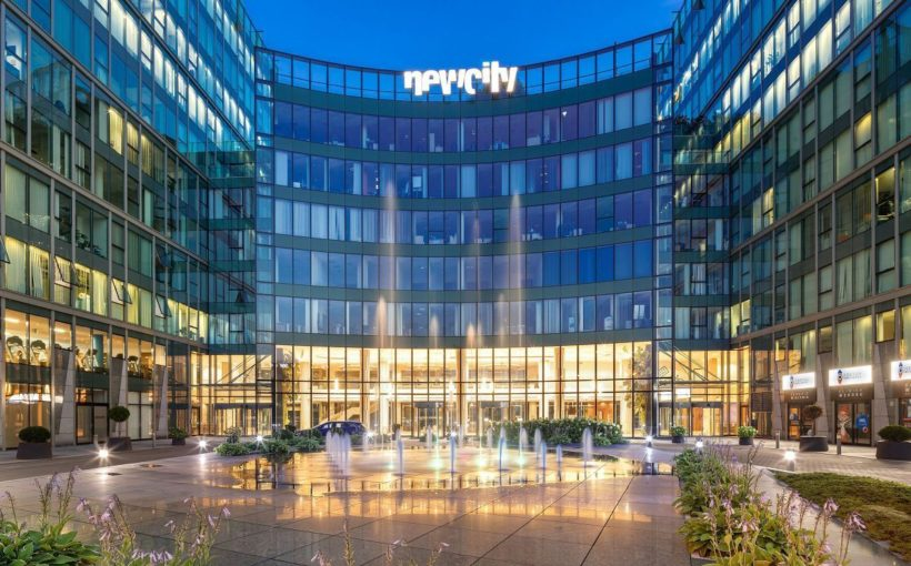 Poland Hines signs leases for New City