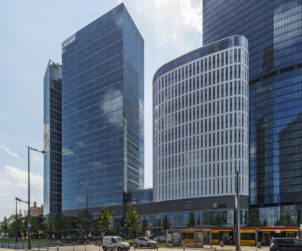 POLAND Aareal agrees green loan for Warsaw Hub