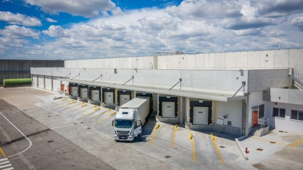 Barings sells pan-European logistics portfolio to Swiss Life AM