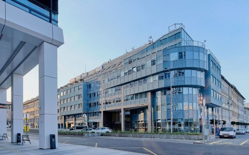 HUNGARY Investum buys another Budapest office building