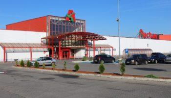 POLAND Griffin RE sells EUR 87 mln retail portfolio