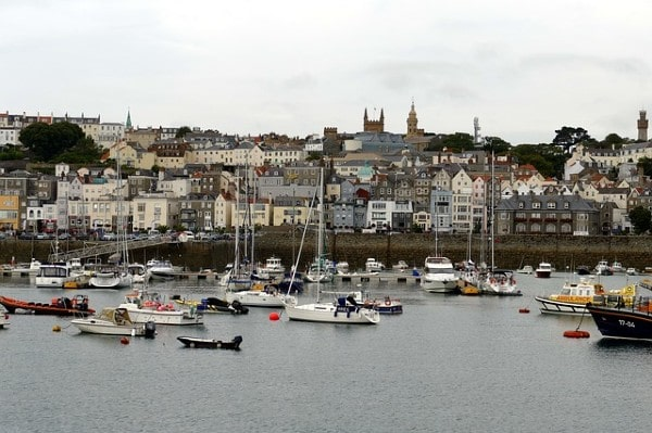 Stenprop sells Guernsey office building for £55m